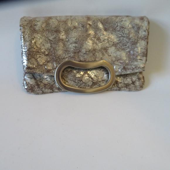 JALDA Handbags - NWOT WOMENS JALDA SILVER LEATHER CLUTCH HANDBAG *